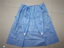 Picture of 45gsm SMMS surgical gowns with reinforcement